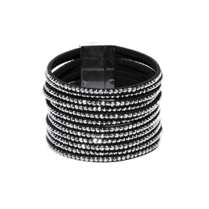 Black bracelet with sparkling details