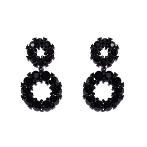 Round earrings with black stones