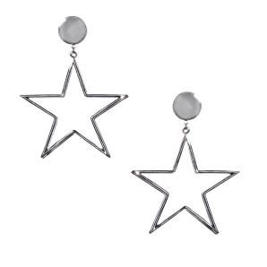 Star shaped metallic earrings