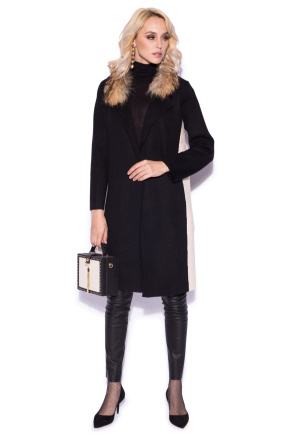 Cardigan in contrasting colors with real fur collar