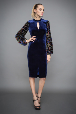 Velvet dress with sleeve details