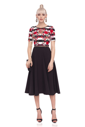 Clos dress with printed top and short sleeves