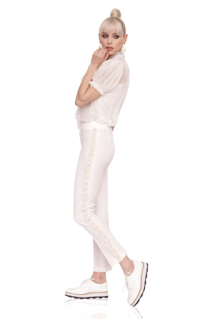 Elegant trousers with side piping