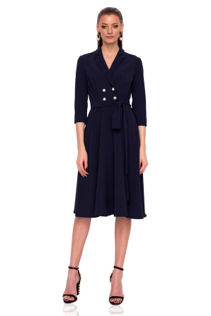 Clos dress with front buttons
