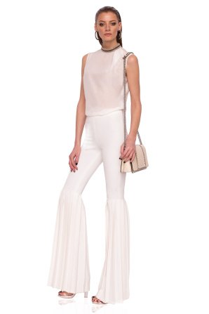 Flared pants with high waist