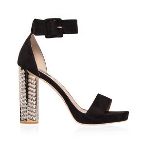 Elegant sandals with shiny heel