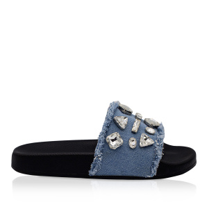 Denim sliders with shiny details