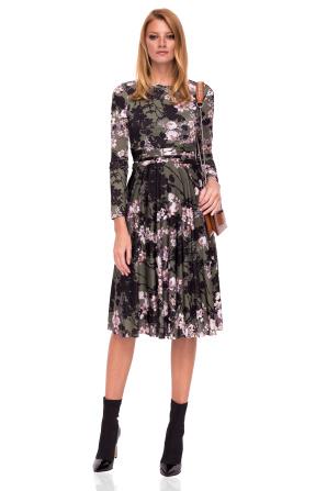 Rochie cloş cu imprimeu floral