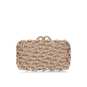 Metallic clutch with shiny details