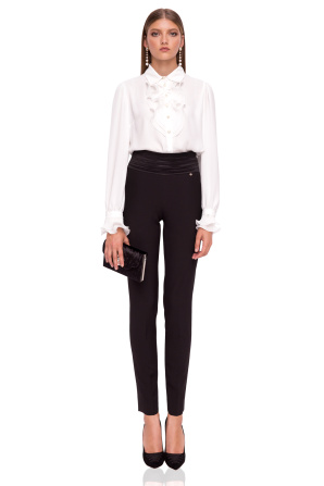 Elegant slim trousers with waist detail
