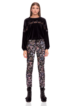 Trousers made of velvet with sequins