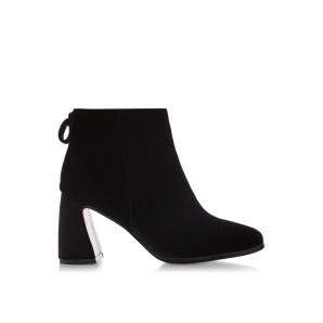 Ankle velvet boots