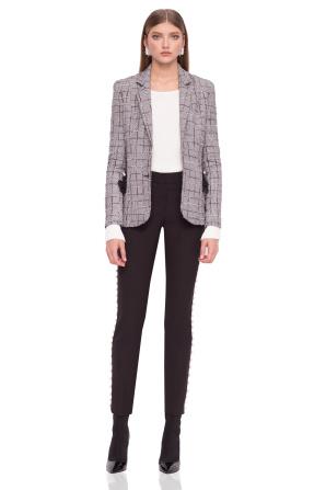 Elegant jacket with V neckline and lace