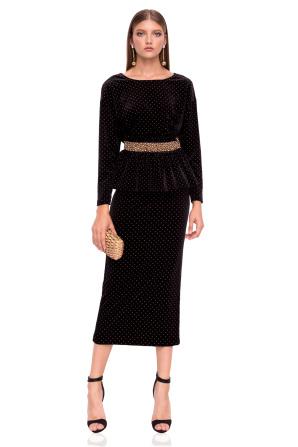 Elegant velvet skirt