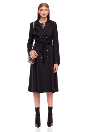 Coat with waistband and mettalic buttons