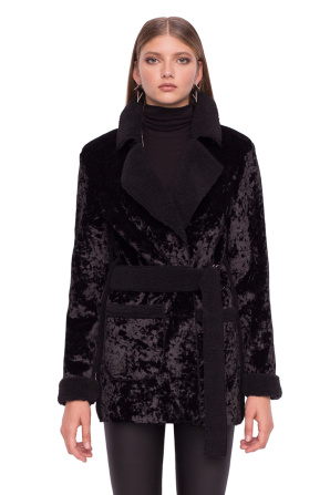 Classy coat with waistband