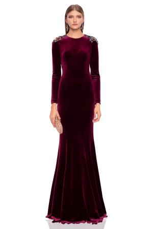 Maxi velvet dress with shoulder details