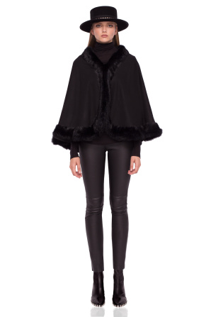 Poncho with natural fur details