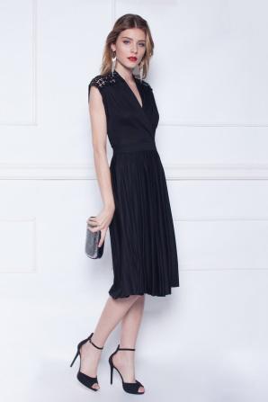 Midi black dress with lace details