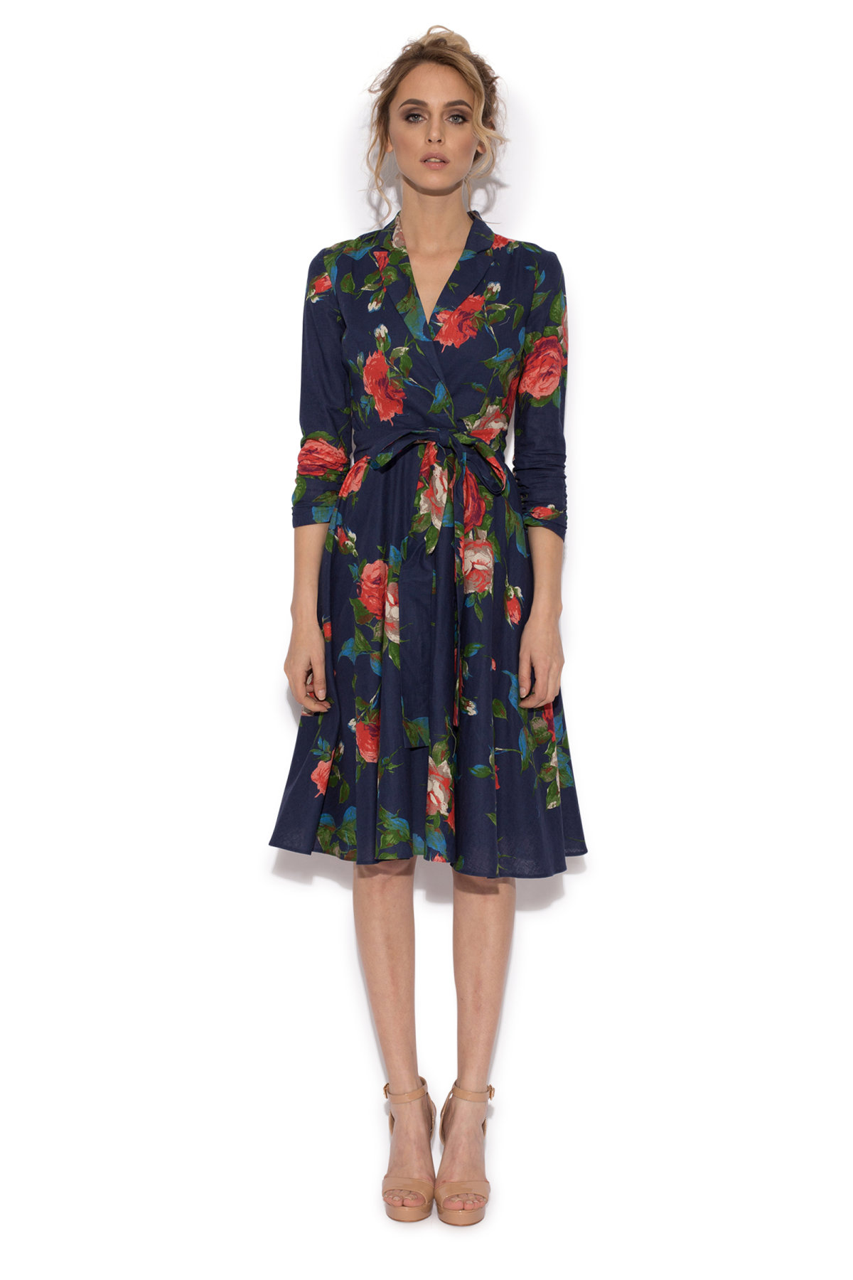 Casual flared dress with roses | rz8607